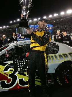 2006 NASCAR Busch Series Champion Kevin Harvick celebrates