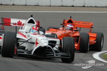 Jeroen Bleekemolen behind James Hinchcliffe