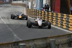 James Jakes, Sebastian Vettel