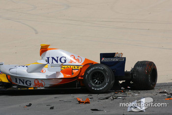 The Renault F1 R27 of Heikki Kovalainen after his crash