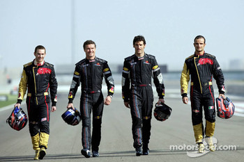 Red Bull Racing and Scuderia Toro Rosso photoshoot: Scott Speed, David Coulthard, Mark Webber and Vitantonio Liuzzi
