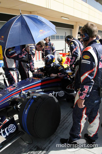 David Coulthard, Red Bull Racing, Red Bull Racing simulate a race