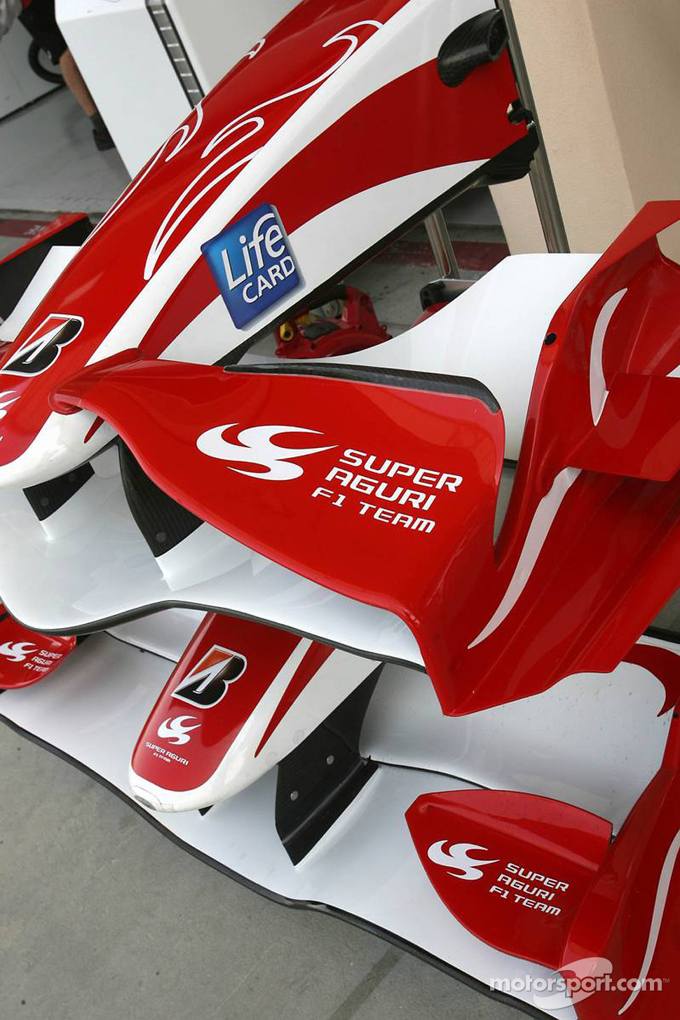 Two different front wings, Super Aguri F1