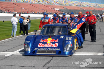 #58 Red Bull/ Brumos Porsche Porsche Riley pushed to pre-grid