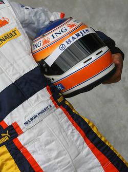 Nelson A. Piquet, Test Driver, Renault F1 Team, helmet