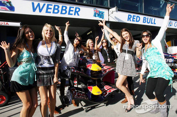 Formula Una's outside the Red Bull Racing garage