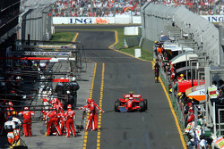 Pitstop for Kimi Raikkonen, Scuderia Ferrari
