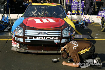 David Gilliland's Ford Fusion Car of Tomorrow gets some last minute adjustments