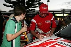 Neal Bates signing autographs