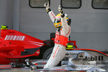 Lewis Hamilton celebrates second place finish