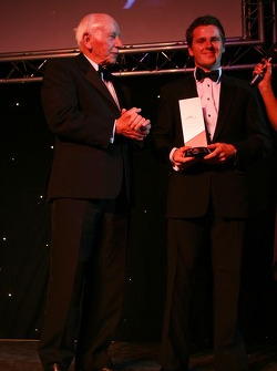 John Surtees presents the Most improved A1 Driver award to Jonny Reid, Driver of A1Team New Zealand