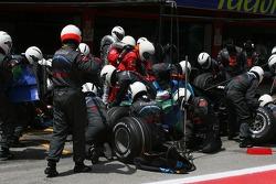 Jenson Button, Honda Racing F1 Team, RA107 pitstop