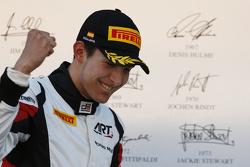 领奖台: Esteban Ocon, ART Grand Prix