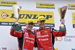 Podium: race winner Gordon Shedden, second place Matt Neal