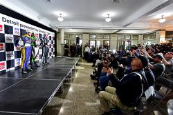 Podium: Race winner Carlos Munoz, Andretti Autosport Honda, second place Marco Andretti, Andretti Autosport Honda and third place Simon Pagenaud, Team Penske Chevrolet