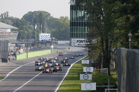 F3 Europe Fotos - Start: Felix Rosenqvist, Prema Powerteam Dallara Mercedes-Benz leads