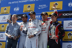 1st position Yvan Muller, Citroën C-Elysée WTCC, Citroën World Touring Car team, 2nd position Jose Maria Lopez, Citroën C-Elysée WTCC, Citroën World Touring Car team and 3rd position Gabriele Tarquini, Honda Civic WTCC, Honda Racing Team JAS