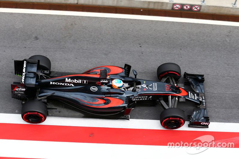 Fernando Alonso, McLaren MP4-30 at Red Bull Ring June testing