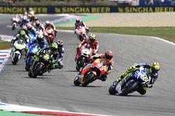 Start: Valentino Rossi, Yamaha Factory Racing