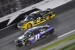 Brad Keselowski, Team Penske Ford and Denny Hamlin, Joe Gibbs Racing Toyota