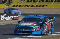 Race winner: Mark Winterbottom, Prodrive Racing Australia Ford
