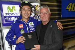 Valentino Rossi, Yamaha Factory Racing accepts honorary BRDC membership from persident Derek Warwick