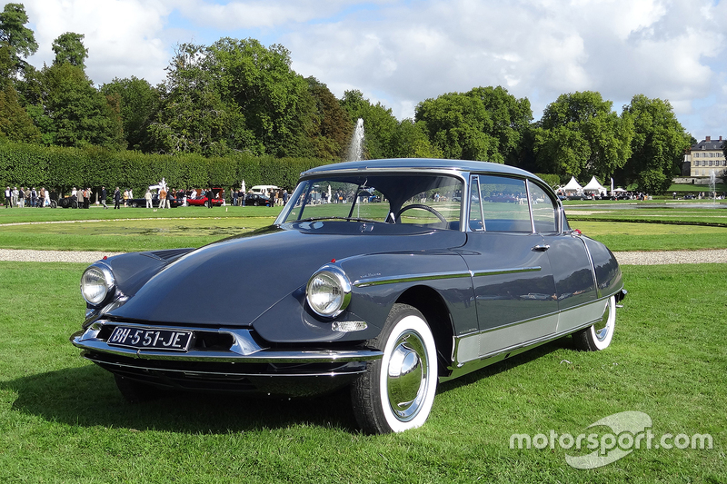 citro n ds coupe 1960 at chantilly arts and elegance. Black Bedroom Furniture Sets. Home Design Ideas