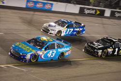 Aric Almirola, Richard Petty Motorsports Ford andRicky Stenhouse Jr., Roush Fenway Racing Ford
