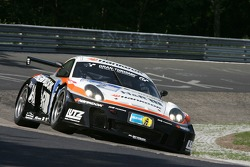 #2 Hankook H&R Spezialfedem Porsche Cayman: Jürgen Alzen, Uwe Alzen, Christian Menzel