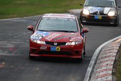 #231 Mathol Racing Honda Civic Type-R: Matthias Holle, Aaron Burkart