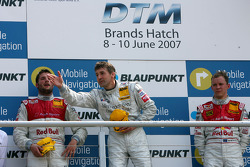 Podium: race winner Bernd Schneider, second place Martin Tomczyk, third place Mattias Ekström
