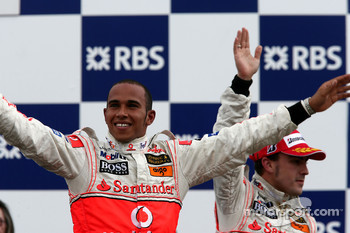 1st place Lewis Hamilton, McLaren Mercedes and Fernando Alonso, McLaren Mercedes