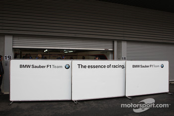 Closed garages, BMW Sauber F1 Team