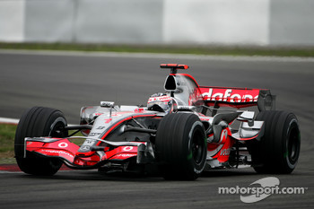 Fernando Alonso, McLaren Mercedes, MP4-22