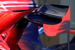 Scuderia Toro Rosso, STR02, Bodywork detail