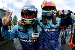 Alain Menu, Team Chevrolet, Chevrolet Lacetti and Robert Huff, Team Chevrolet, Chevrolet Lacetti