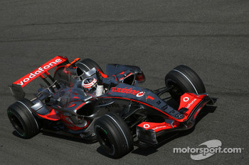 Pole Position, 1st, Fernando Alonso, McLaren Mercedes, MP4-22