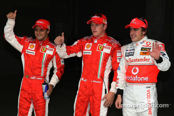 Qualifying results 2nd place Felipe Massa, Scuderia Ferrari with 1st place Kimi Raikkonen, Scuderia Ferrari and 3rd place Fernando Alonso, McLaren Mercedes