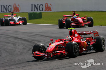 Kimi Raikkonen, Scuderia Ferrari, Felipe Massa, Scuderia Ferrari, Fernando Alonso, McLaren Mercedes