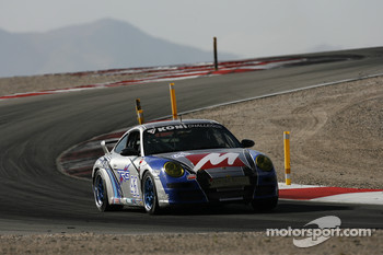 #41 TRG Porsche 997: Andy Lally, Ted Ballou