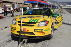 Pitstop for #06 Project Motorsports Chevrolet Cobalt: Derek DeBoer, Tom Smurzynski, Mallory Smurzynski