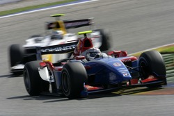 Andreas Zuber leads Lucas di Grassi