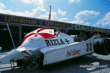 Jan Lammers' Theodore in the pits
