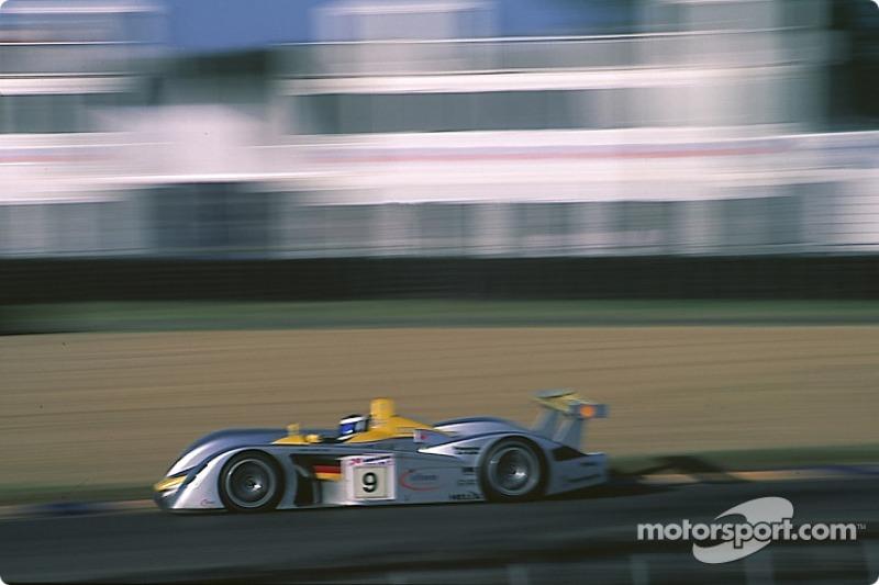 #9 Team Joest Audi R8: Allan McNish, Stéphane Ortelli, Laurent Aiello
