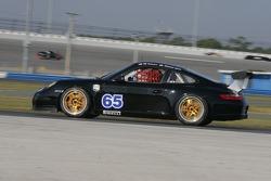 #65 TRG Porsche GT3 Cup: Duncan Ende, RJ Valentine, Mark Greenberg