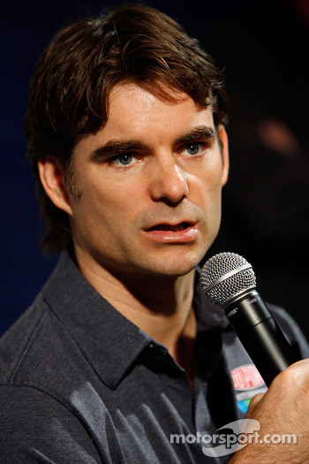 Press conference at the Doral in Miami: Jeff Gordon