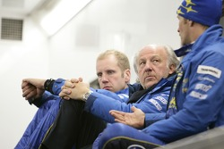 David Richards talks with Petter Solberg and Phil Mills