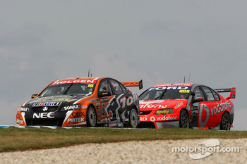 Garth Tander (Toll HSV Dealer Team Commodore VE), Craig Lowndes (TeamVodafone Ford Falcons BF)