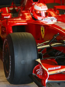 Slick tyres for Michael Schumacher, Test Driver, Scuderia Ferrari