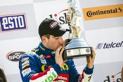Ganador de la carrera Rubén García Jr., Canels´s Racing